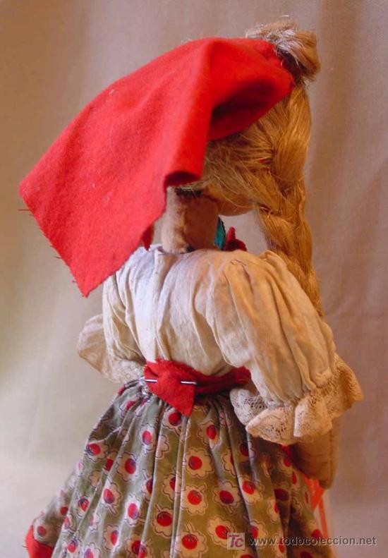 Muñeca española clasica: ARTESANAL MUÑECA, FIELTRO Y PAJA, MEDIDAS: 35 cm - Foto 4 - 18446039