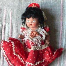 Muñeca española clasica: MUÑECA DE LAS LLAMADOS DE PIEDRA CON VESTIDO DE SEVILLANA DE ORIGEN. 16 CMS ALTO. VELL I BELL. Lote 27413102
