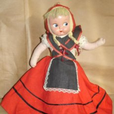 Muñeca española clasica: MUÑECA DOBLE DE CELULOIDE *** CAPERUCITA ROJA. Lote 26390447