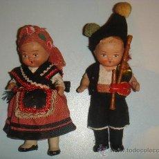 Muñeca española clasica: PAREJA DE GALLEGOS O ASTURIANOS EN TERRACOTA ********** ***************. Lote 27753124