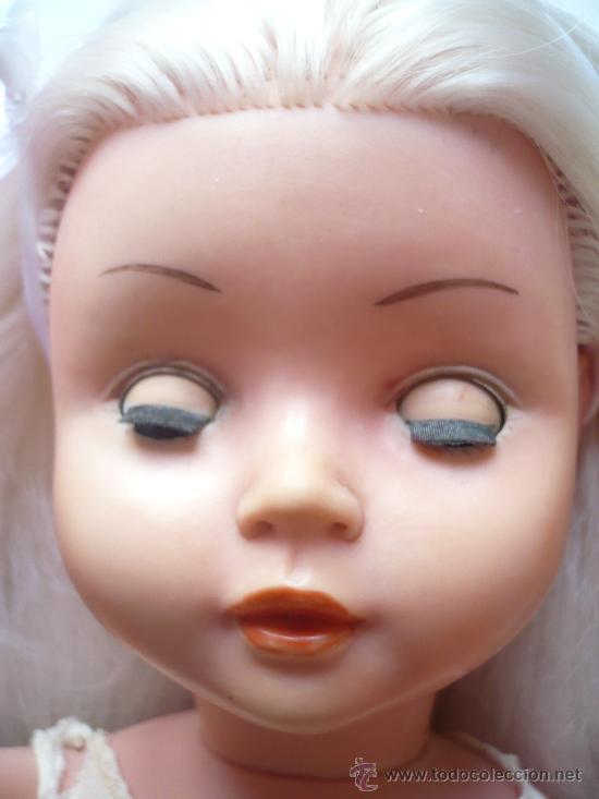 Muñeca española clasica: PRECIOSA MUÑECA ANTIGUA AÑOS 50-60 DE JESMAR, rubia ojos azules margarita VER FOTOS! regalo vestido - Foto 4 - 28244029