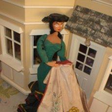 Muñeca española clasica: ANTIGUA MUÑECA DE TELA TORERA CON CAPOTE INCLUIDO - LAYNA O ROLDAN. Lote 29597307