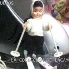 Muñeca española clasica: MUÑECA ESQUIADORA DE CELULOIDE PERFECTA Y COMPLETA AÑOS 50. Lote 30622975
