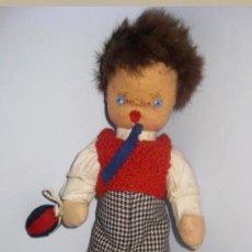 Muñeca española clasica: ANTIGUO MUÑECO CURRO DE LOS AÑOS 40 . EL PELO ES DE PIEL MUY SUAVE- LA ROPA ES DE ORIGEN,. Lote 33537110