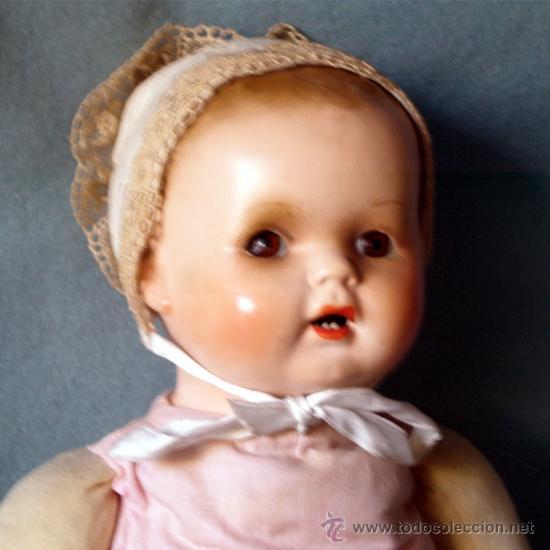 Muñeca española clasica: MUÑECA CABEZA DE PORCELANA, OJOS DURMIENTES Y BOCA ABIERTA y DIENTES. cuerpo de trapo.En nuca FSF 6. - Foto 2 - 36827734