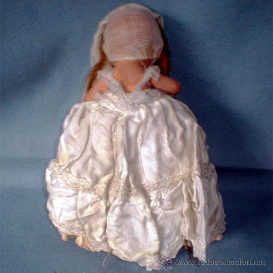 Muñeca española clasica: ANTIGUA MUÑEQUITA DE COMUNION EN TERRACOTA Y VESTIDO ORIGINAL 15 CM. AÑOS 1935-1940 - Foto 5 - 36905280
