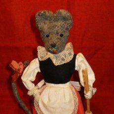 Muñeca española clasica: GRACIOSO Y ANTIGUO MUÑECO DE LA RATITA PRESUMIDA. Lote 40622860