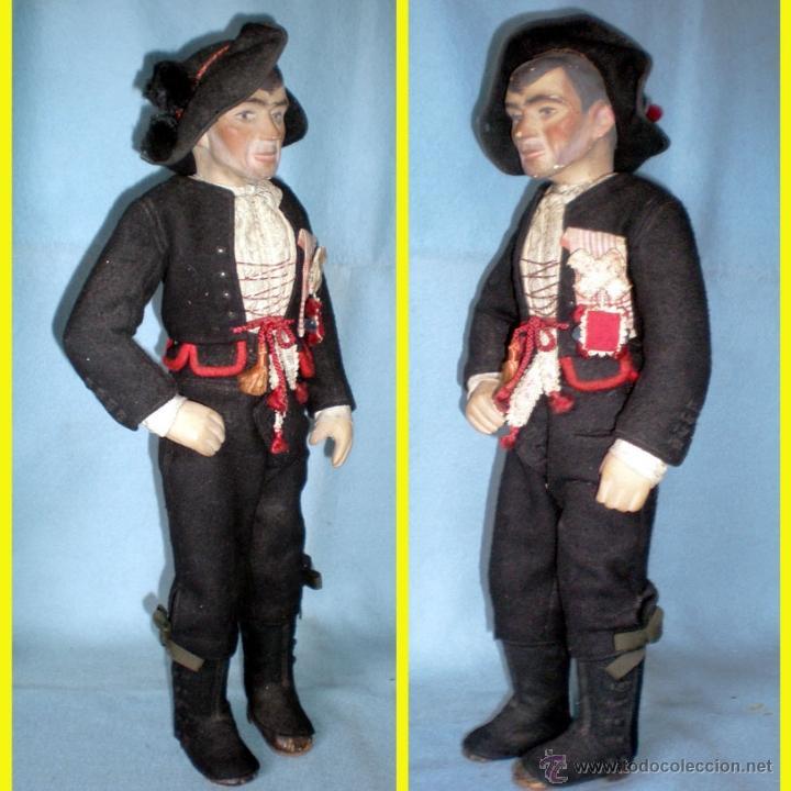 Muñeca española clasica: ANTIGUO MUÑECO DE CARTON PIEDRA PINTADO DE 48 cm. VESTIDO DE CHARRO FESTIVO (Salamanca) - Foto 2 - 44427340