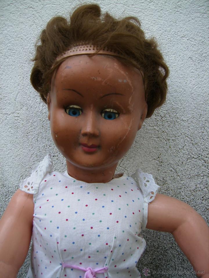 Muñeca española clasica: bonita muñeca composicion de plastico y cabeza de celuloide 74cms años 50 - Foto 4 - 41060008