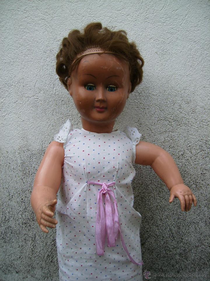 Muñeca española clasica: bonita muñeca composicion de plastico y cabeza de celuloide 74cms años 50 - Foto 5 - 41060008