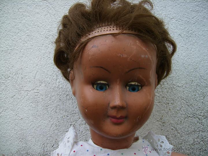 Muñeca española clasica: bonita muñeca composicion de plastico y cabeza de celuloide 74cms años 50 - Foto 6 - 41060008