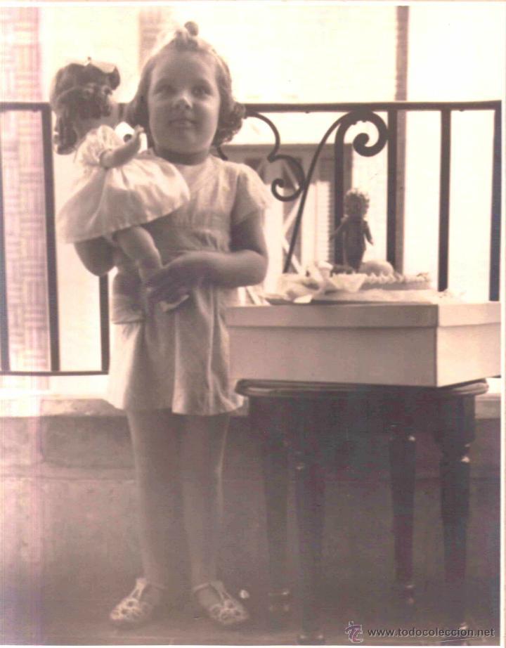 FOTOGRAFIA DE LA FAMOSA AMERICAN PHOTO STUDIOS,AÑOS 40-HABANA-CUBA,NIÑA Y ANTIGUA MUÑECA COMO NANCY (Juguetes - Otras Muñecas Españolas Clásicas (Hasta 1.960))