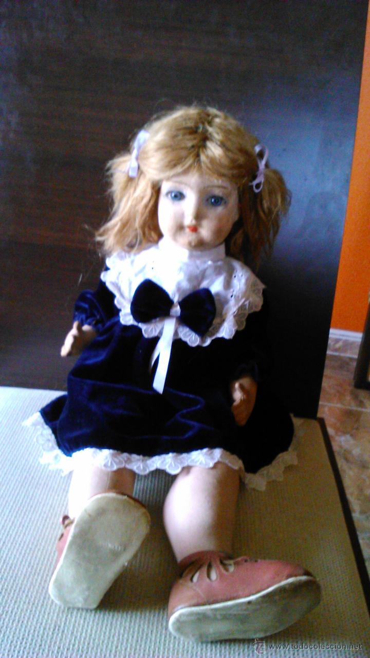 Muñeca española clasica: Antigua muñeca PAGES de cartón piedra,pastas,tejido rellena de serrín .Ojos de cristal. - Foto 2 - 43275349