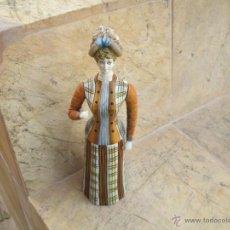 Muñeca española clasica: MUÑECA DAMA ENTERA DE MADERA ,ALTUARA APROX UNOS 30 CENTI. Lote 43829806