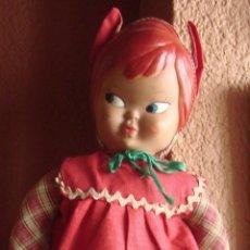 Muñeca española clasica: MUÑECA DIABLILLA DE CARA DE CELULOIDE CUERPO DE ROPA RELLENO DE PAJA. Lote 44655436