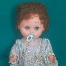 Muñeca española clasica: MUÑECA DE PLASTICO - MIDE 30 CMS. LARGO -. Lote 45305804