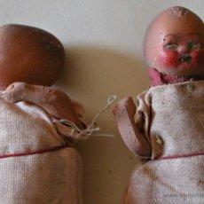 Muñeca española clasica: ANTIGUOS MUÑECOS DE TERRACOTA. DOS NIÑOS PEQUEÑOS. AÑOS 30-40. Lote 47032368