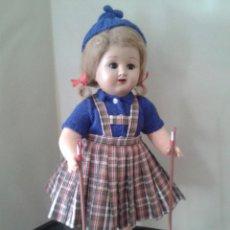 Muñeca española clasica: PRECIOSA MUÑECA ,PRINCIPIO DE LOS 40 ESPAÑOLA (DESCONOZCO EL NOMBRE)CARTON PIEDRA. Lote 47468171
