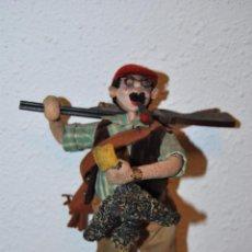 Muñeca española clasica: MUÑECO ROLDÁN - CAZADOR - FIELTRO Y TRAPO - AÑOS 50. Lote 50721388