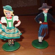 Muñeca española clasica: PAREJA DE MUÑECOS DE MADERA,CON BASE,AÑOS 50. Lote 51208282