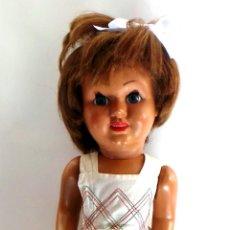 Muñeca española clasica: MUÑECA CARTÓN PIEDRA AÑOS 40-50. Lote 51249541