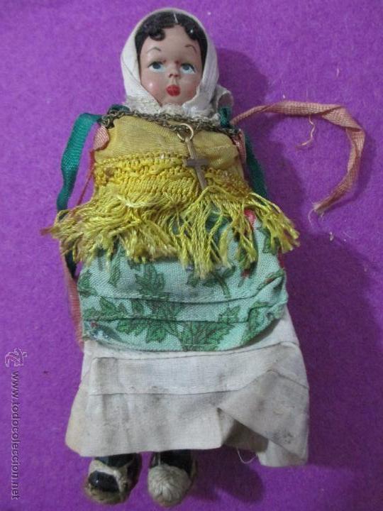 MUÑECA ANTIGUA PLASTICO DURO, PELO DE HILO, MIDE APROX. 14,5 CM (Juguetes - Otras Muñecas Españolas Clásicas (Hasta 1.960))