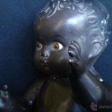 Muñeca española clasica: MUÑECA NEGRITA CARTON PIEDRA OJOS CRISTAL EN BUEN ESTADO LIGEROS DESPERFECTOS 28CM ALTO. Lote 52452673