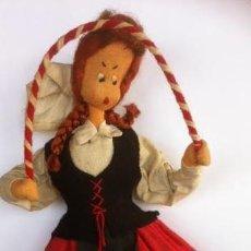 Muñeca española clasica: MUÑECA DE TELA FIELTRO REGIONAL DANZA ASTURIANA ,VASCA, LAINA.. Lote 54605505