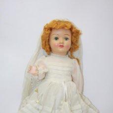 Muñeca española clasica: MUÑECA DE PORCELANA Y COMPOSICIÓN - OJOS DURMIENTES - VESTIDA DE COMUNIÓN - AÑOS 20. Lote 46753006