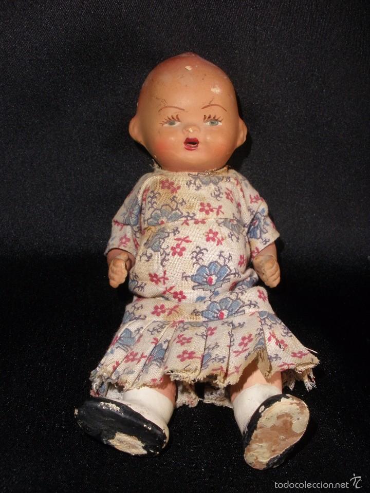 Muñeca española clasica: Antigua muñeca bebe de terracota porcelana años 40s con ropa original 14 cm - Foto 3 - 55194930