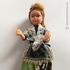 Muñeca española clasica: MUÑECA ANTIGUA DE CELULOIDE VESTIDA CON TRAJE REGIONAL DE CIUDAD REAL. Lote 55716749
