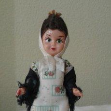 Muñeca española clasica: ANTIGUA MUÑEQUITA CHULAPA DE MADRID PLASTICO DURO. Lote 55880612