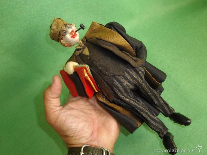 Muñeca española clasica: GENIAL MUÑECO ROLDAN KLUMPE ABOGADO JUEZ MAGISTRADO FIELTRO Y ALAMBRE AÑOS 50 FUMANDO PIPA - Foto 10 - 55951935
