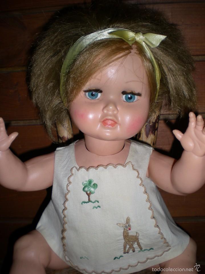 Muñeca española clasica: preciosa muñeca + 2 trajes posiblemente florido o icsa entre los años 50/60 mide 48 cm buen estado - Foto 3 - 56531921
