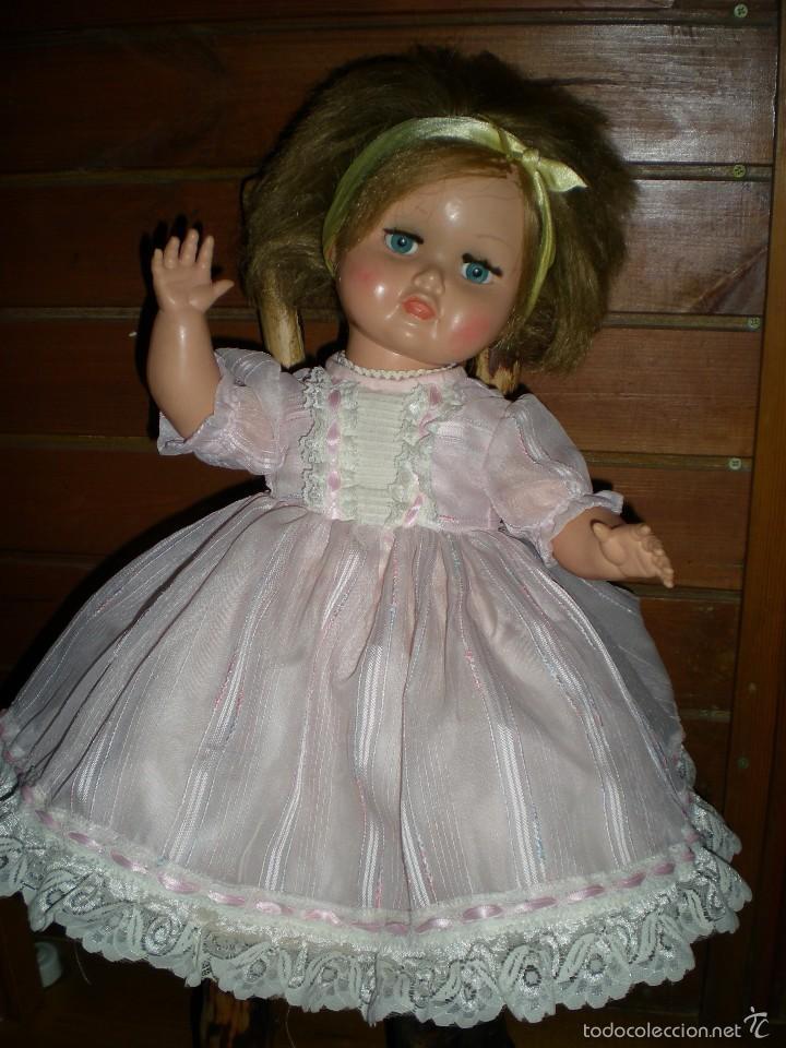 Muñeca española clasica: preciosa muñeca + 2 trajes posiblemente florido o icsa entre los años 50/60 mide 48 cm buen estado - Foto 12 - 56531921