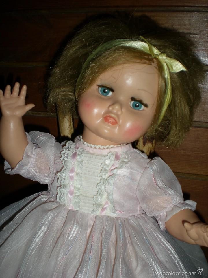 Muñeca española clasica: preciosa muñeca + 2 trajes posiblemente florido o icsa entre los años 50/60 mide 48 cm buen estado - Foto 13 - 56531921