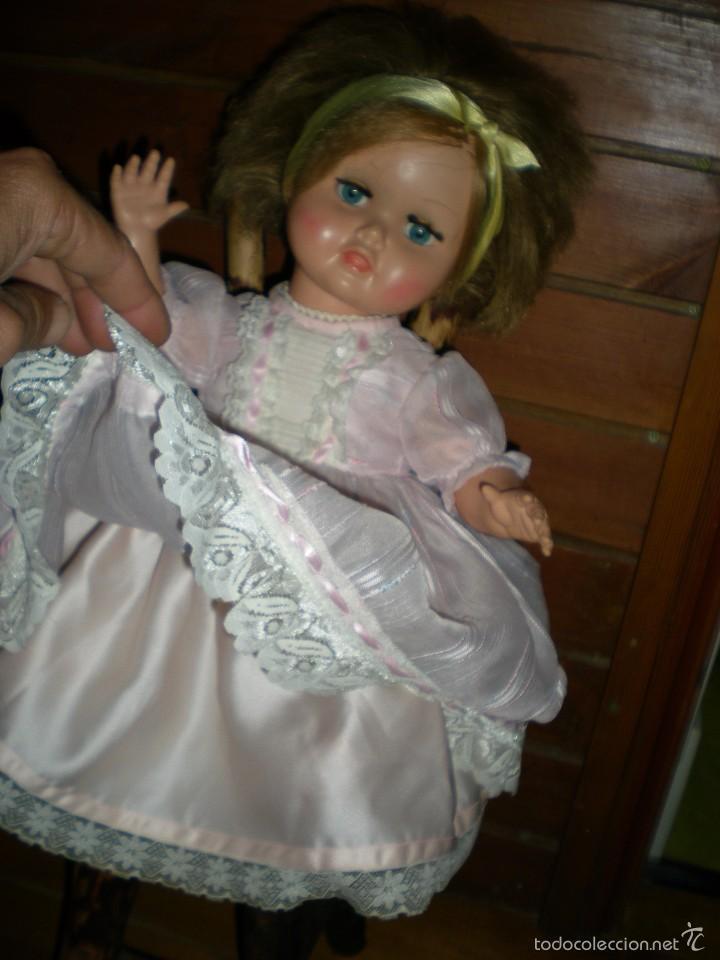 Muñeca española clasica: preciosa muñeca + 2 trajes posiblemente florido o icsa entre los años 50/60 mide 48 cm buen estado - Foto 15 - 56531921