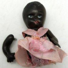 Muñeca española clasica: MUÑECA CELULOIDE NEGRA AÑOS 50 PIERNAS Y BRAZOS SUELTOS 6 CM ALTO . Lote 57725042