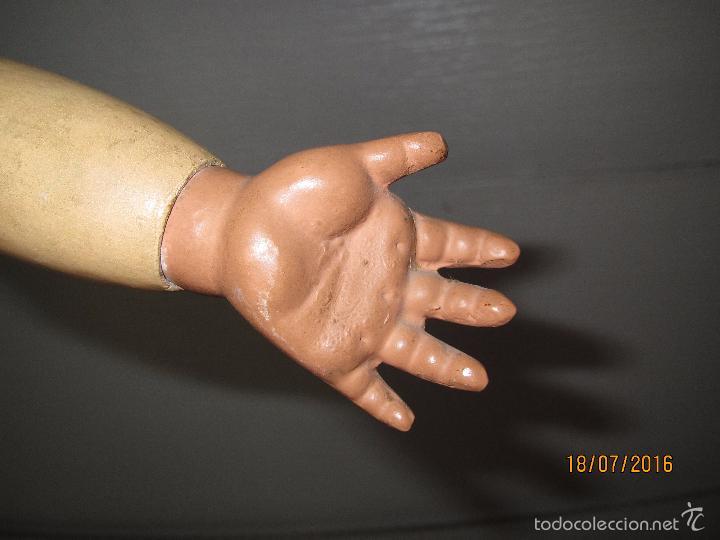 Muñeca española clasica: Antigua Muñeca Totalmente Articulada en Composición y Ojos Durmientes de Cristal - Altura 57 cm. - Foto 4 - 58130052