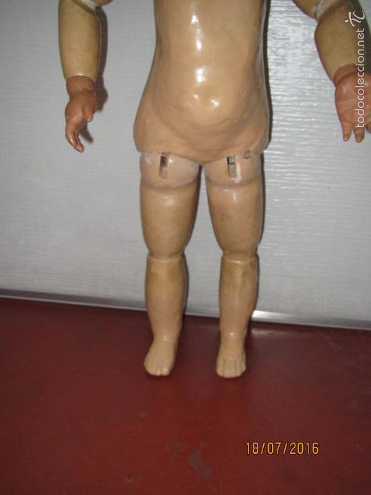 Muñeca española clasica: Antigua Muñeca Totalmente Articulada en Composición y Ojos Durmientes de Cristal - Altura 57 cm. - Foto 7 - 58130052