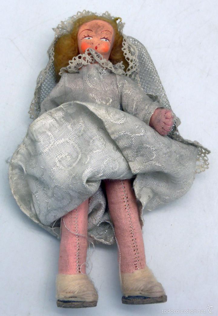 Muñeca española clasica: Novia muñeca trapo fieltro con velo y ramo flores años 50 13 cm alto - Foto 3 - 58581147