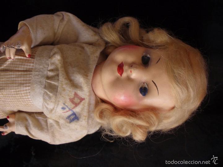 Muñeca española clasica: MUÑECA ANTIGUA DE CARTON PIEDRA DE LA POSGUERRA CONJUNTO DEPORTIVO ROPA ORIGINAL años 30-40 - Foto 13 - 58640511