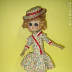 Muñeca española clasica: ANTIGUA MUÑECA DE TELA ALAMBRE Y SERRÍN DE 33 CM. - AÑO 1950S-. Lote 59142355