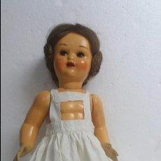 Muñeca española clasica: BONITA MUÑECA DE CARTON PIEDRA.AÑOS 40.. Lote 60441171