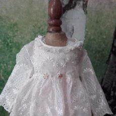 Muñeca española clasica: ANTIGUO VESTIDO DE ENCAJE PARA MUÑECA. Lote 60630607
