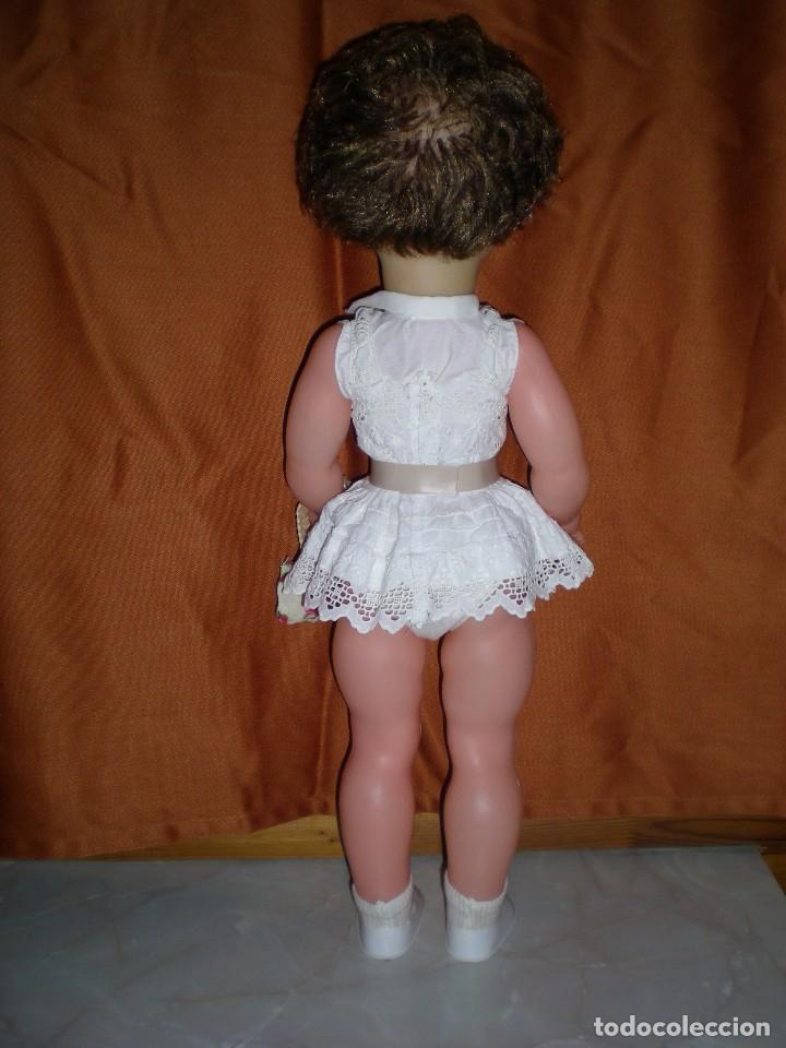 Muñeca española clasica: preciosa mirinda de famosa años 50/60 pelo mechas castañas y doradas muy buen estado - Foto 5 - 68647345