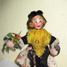 Muñeca española clasica: ANTIGUA MUÑECA REGIONAL CATALANA TELA ALAMBRE FLEXIBLE 14 CM KUMPLE ? BONITO VESTIDO. Lote 72976431