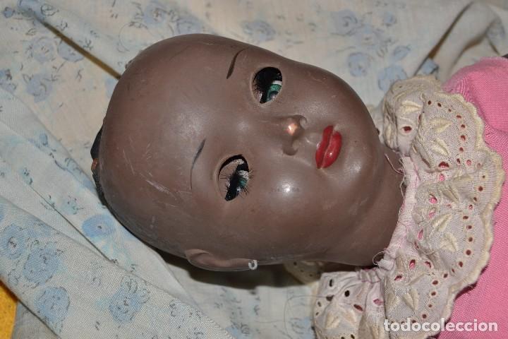 Muñeca española clasica: muñeca negra plastico duro años 50 jc sa - Foto 2 - 73600975