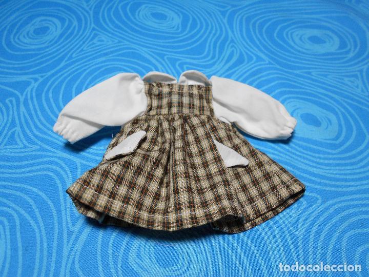 VESTIDO MARIQUITA PEREZ 20 CM (Juguetes - Reproducciones Vestidos y Accesorios Muñeca Española Clásica)