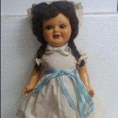 Muñeca española clasica: MUÑECA MARICELA DE CARTON PIEDRA ANDARINA. Lote 75968255